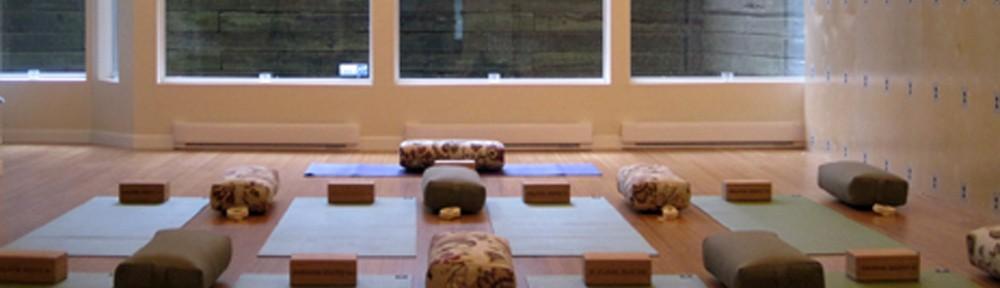 y yoga west vancouver